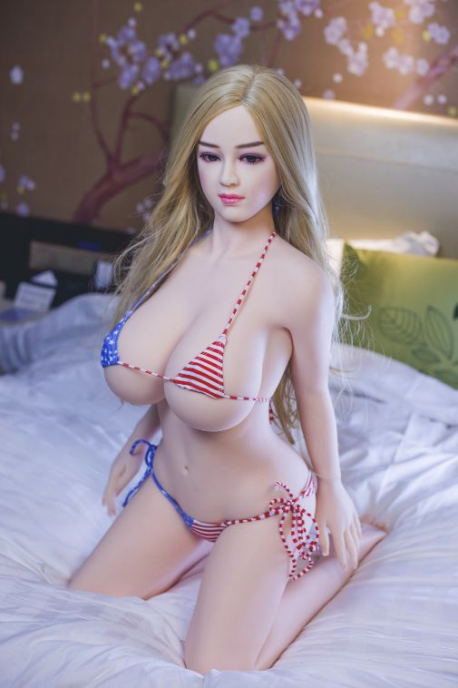 2019 New Sexiest TPE Sex Doll Lifelike Beautiful Young Sex Doll 138CM - Joelle